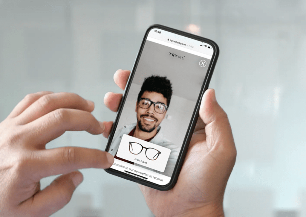 TRYME smartphone try-on.